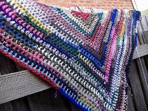 Simple Crochet Patterns crochet patterns donu0027t get much easier than this simple triangle shawl. the mjqozei