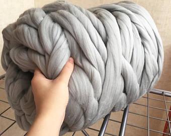 Super Bulky Yarn gray merino yarn - unspun yarn -unspun wool - chunky yarn - handspun aciapyw