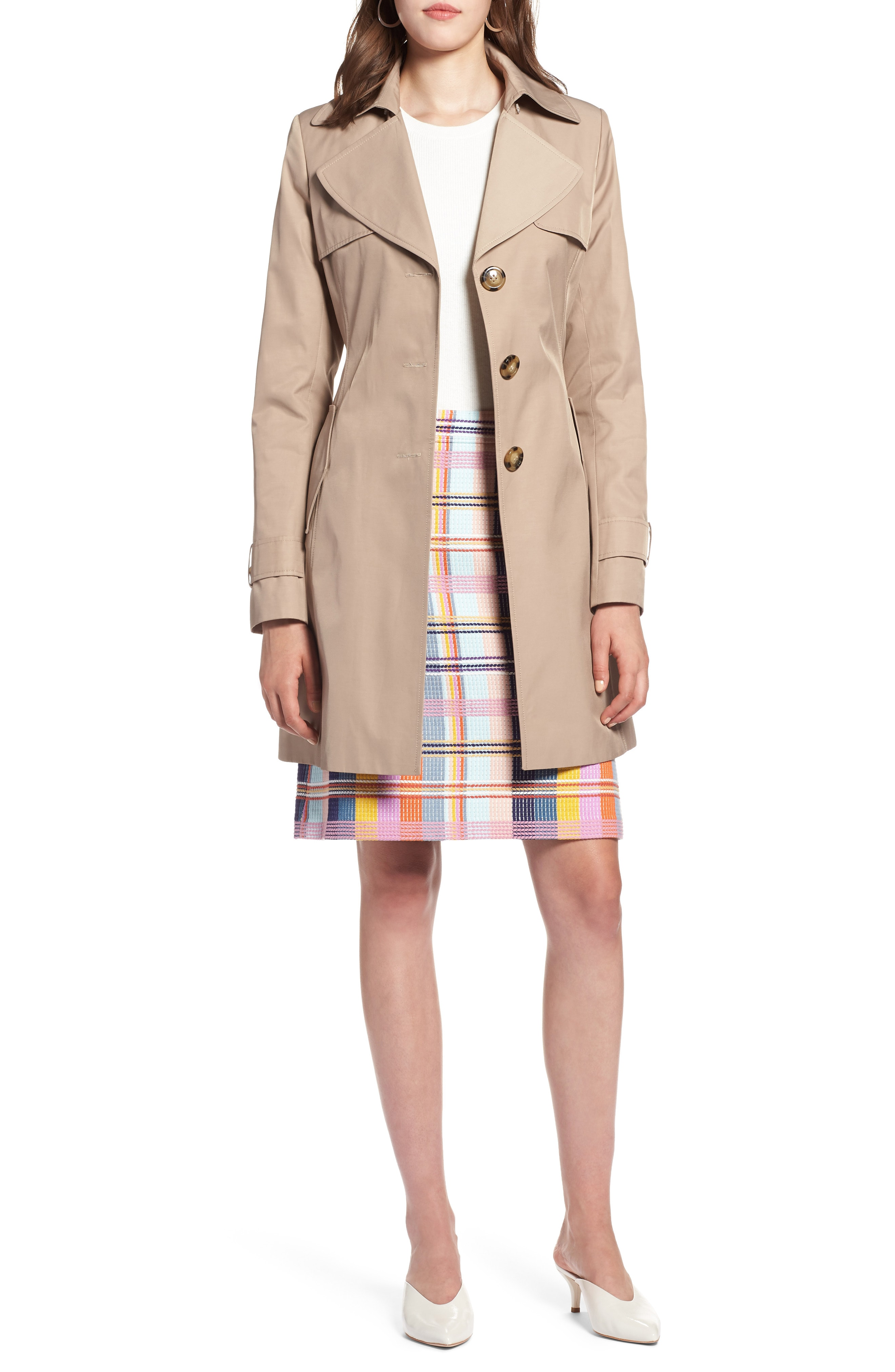 The evergreen fashion staple:   Beige coats