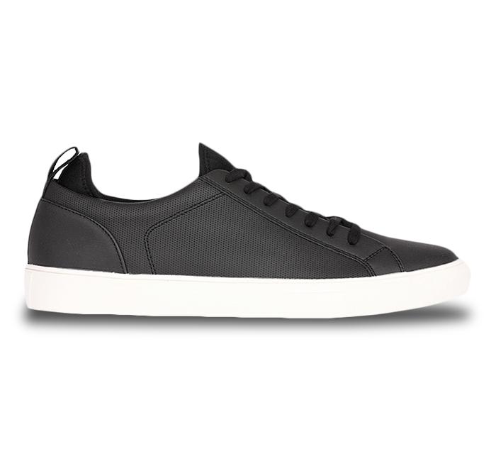 Buy MEN online , Black Casual Shoes For Men