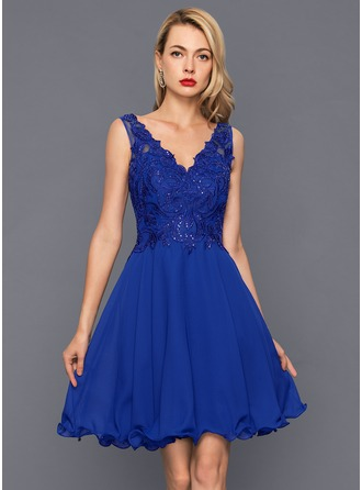 A-Line/Princess V-neck Knee-Length Chiffon Cocktail Dress With