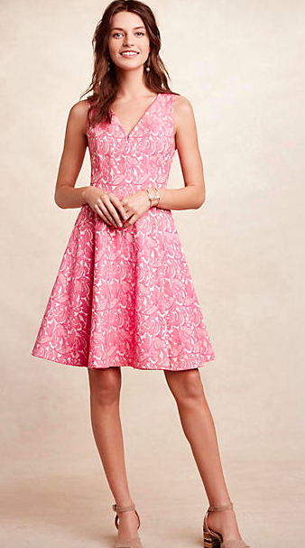 8 Flattering and Lovely Easter Dresses for Women | Mommies With Style