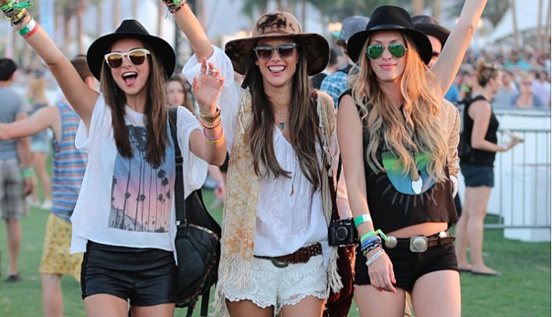 10 Must Have Festival Fashion Accessories | RaverRafting