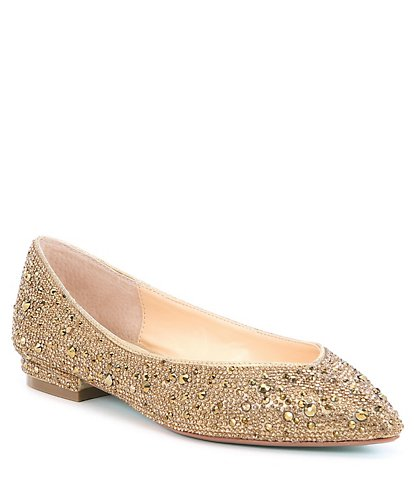 Choose the best style and   design with gold flats