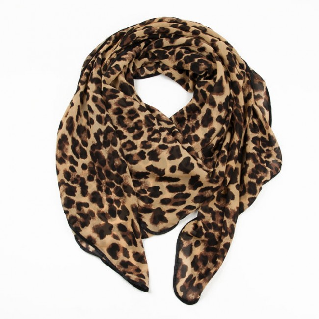 Leopard scarf to beat winter   in a different way