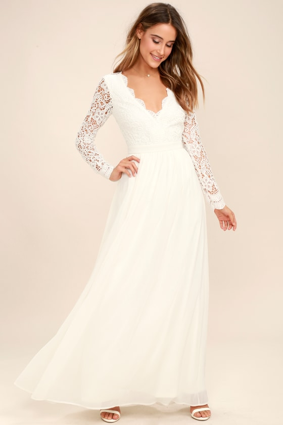 Adorable long white maxi dress   for women
