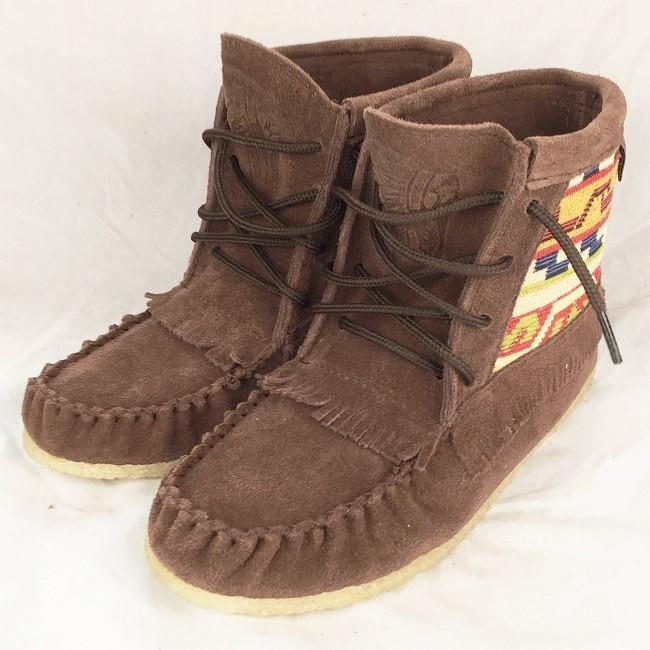 Women's Chocolate Suede Mohican w Native Indian Tapestry Moccasin