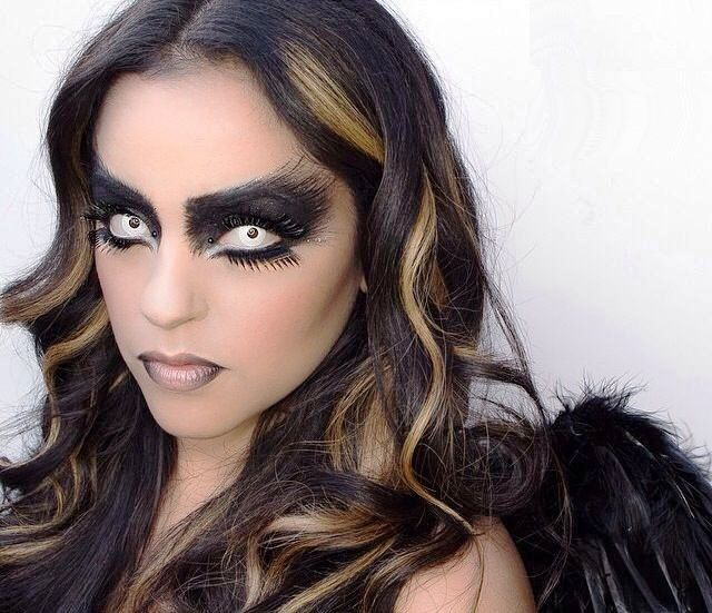 20 Angel Halloween Makeup Ideas to Try This Halloween - Flawssy .