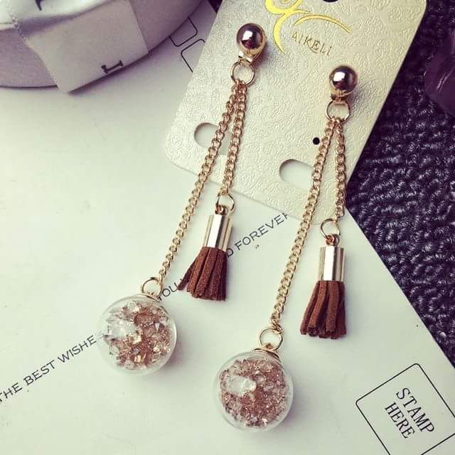 40 Best Tassel Earring Styles to Add Class to Your Outfi