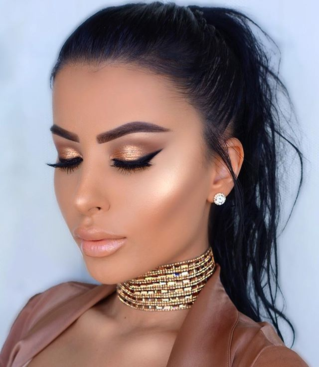 Bronze Makeup Looks