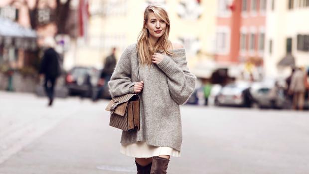22 Stylish Looks to Help You Wear Oversized Sweaters in Many Wa