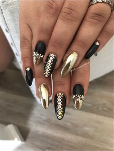 Gold Chrome by Bellissimanails from Nail Art Gallery | Gold chrome .