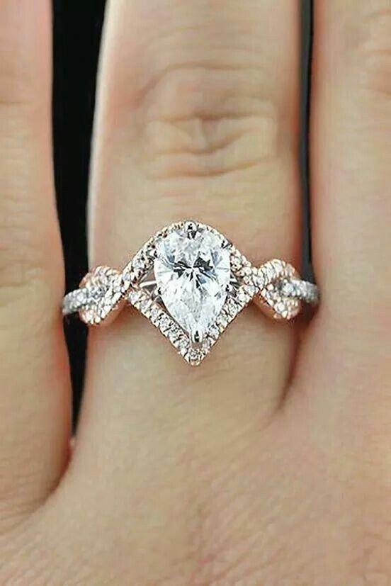 Classy unique engagement rings. #uniqueengagementrings .