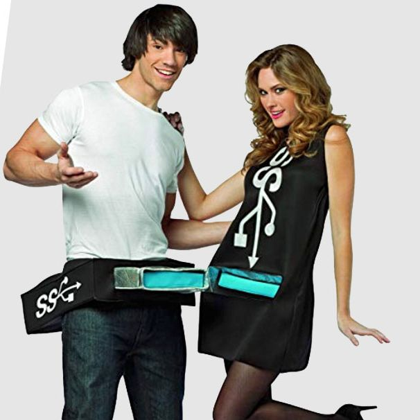 40 Best Couples Costumes for Halloween 20