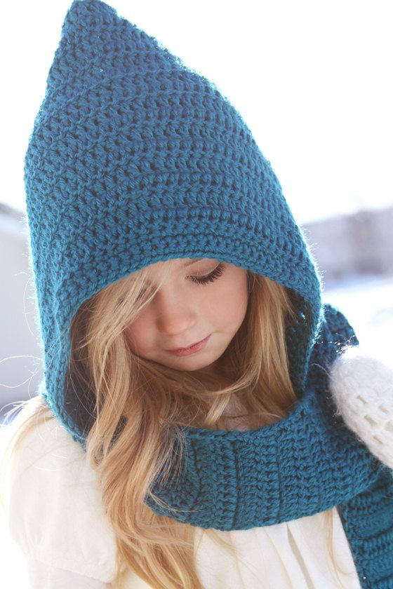 The absolutely cutest winter hat/ scarf combo I've ever seen! We .