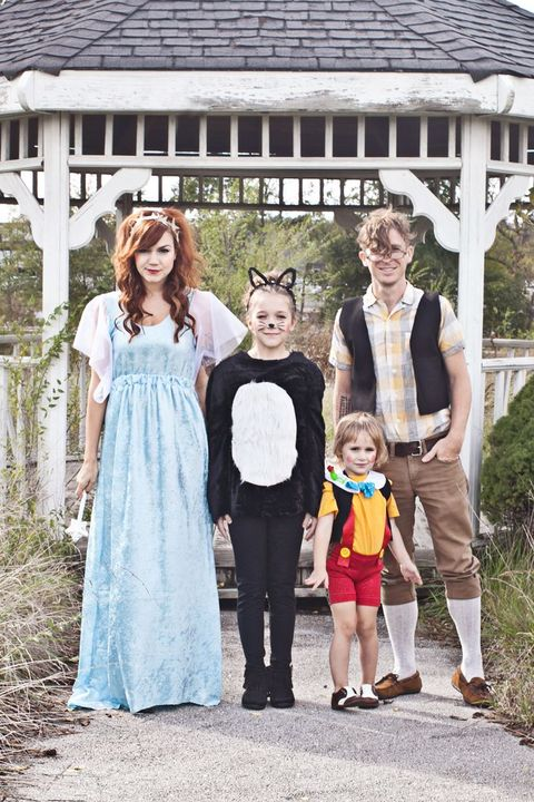 43 DIY Disney Costumes for Kids & Adults - Easy Disney Costum