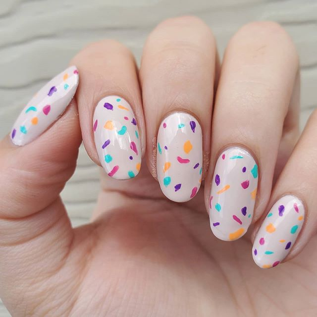 50 Easy Salon-like DIY Nail Art at Home for Your Manicu