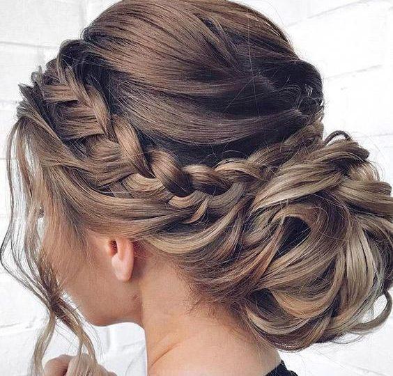 25 Easy Christmas Hairstyles Ideas | Top Fashion Ne