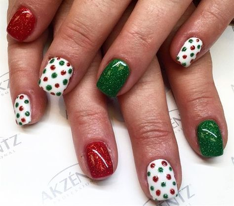 20 Ideas you will Love for Christmas Nails - Pretty Designs .