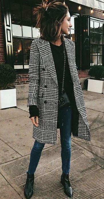 15 Trendy Back To School Outfits To Try This Year - Society19 .