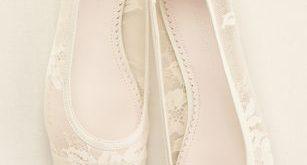 Melissa Sweet Lace Ballet Flat | David's Bridal | Bridal shoes .