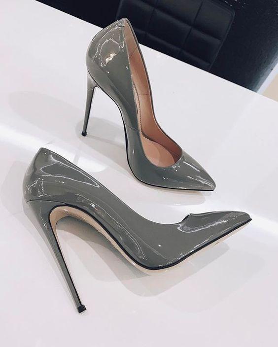 Pin by Mina Slatt 3x on Jawns ❤️   Heels, Stiletto heels, High hee