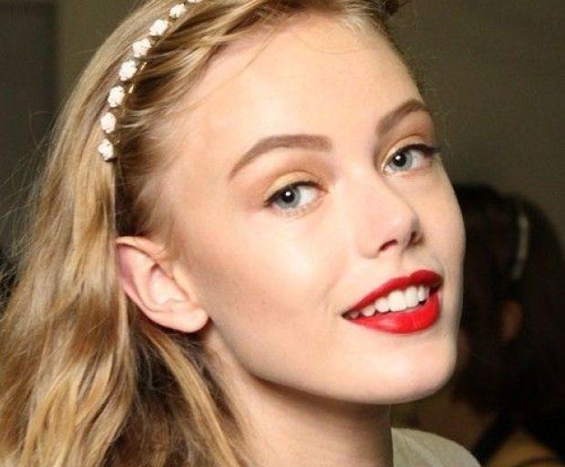 5 First-Date Makeup Loo