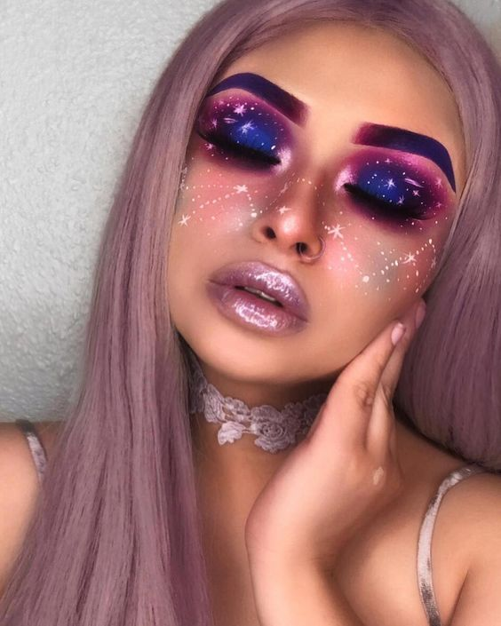 45+ Dreamy Galaxy Makeup Ideas to Become an Overnight Party Sensati