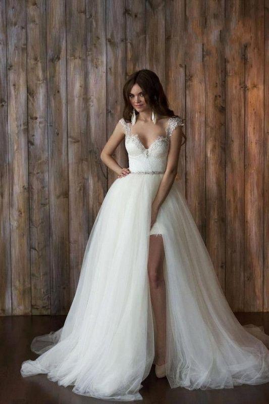 2020 Detachable Short Wedding Dresses with Long Overskirt Backless .