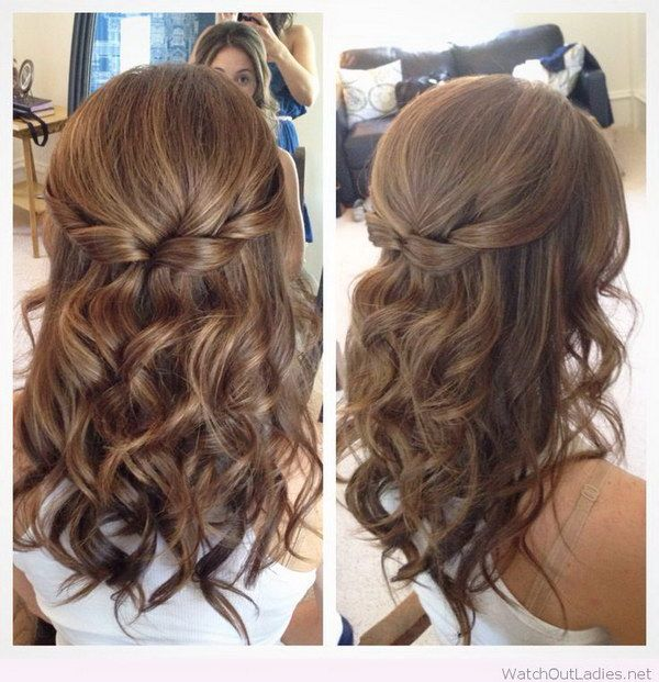 Half Up Half Down Hair with Curls. | Medium length hair styles .