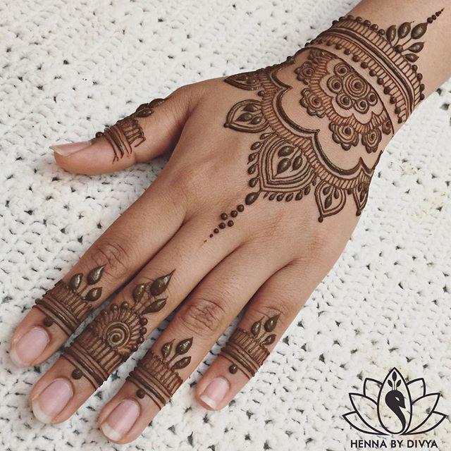 GET MORE ✨POPPIN✨ PINS @fatmaasad191 | Henna tattoo hand, Henna .