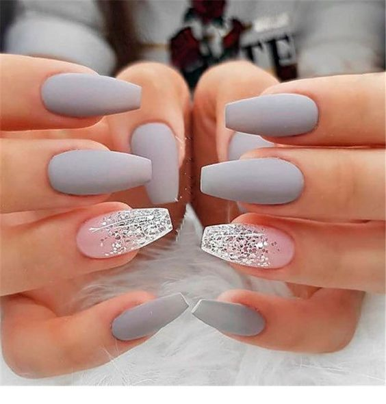 Trendy Matte Coffin Nails Design | Akzente nägel, Nagelideen .
