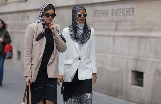 Paris Fashion Week Street Style Fall 2019 Trends: Chainmail – W