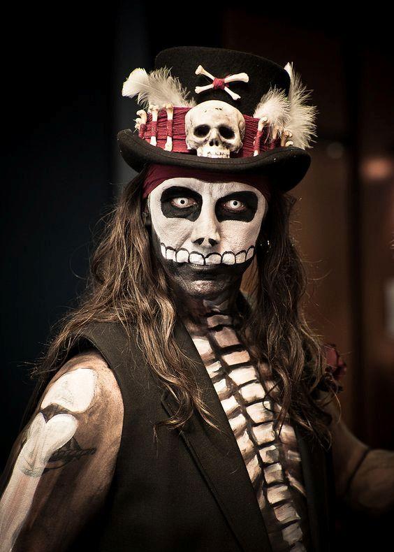 Complete List of Halloween Makeup Ideas { 60+ Images } | Voodoo .