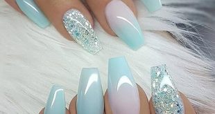 Pretty summer nails | Glitter accent nails, Cute acrylic nails .