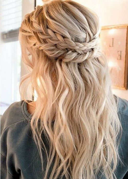 41 Of The Most Inspiring Long Prom Hairstyles 2019 to Fuel Your .