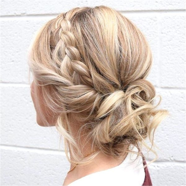 60 Prom Updos Ideas for Long Hair - ChecoPie in 2020 | Medium .