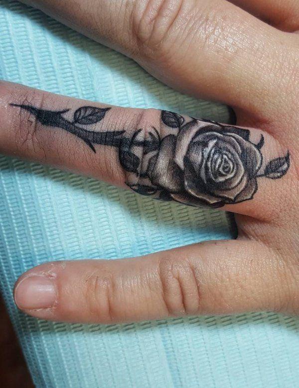 60 Romantic Ring Finger Tattoo Ideas | Ring finger tattoos, Finger .