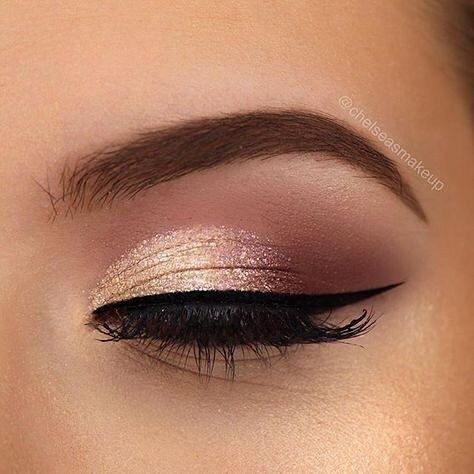 Rose gold eye makeup ideas #eyemakeup | Gold makeup looks, Rose .