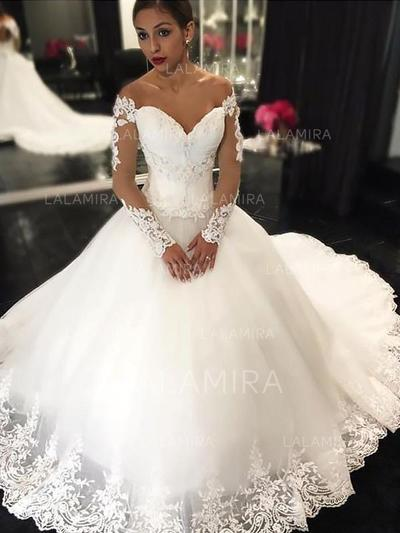 Stunning Off-The-Shoulder Ball-Gown Wedding Dresses Court Train .