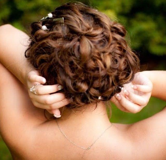 Curly hairstyle. #bridalbeauty #bridalhair #love #hairstylist .