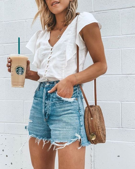 19 Super Simple Summer Outfit Ideas » in 2020 | Simple summer .