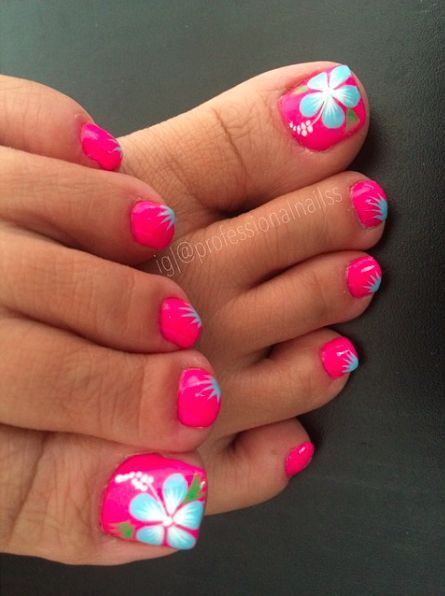 30 Hot Toe Nails for Summer - Pretty Designs | Summer toe nails .