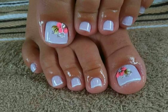 50 + cute toenails art for the summer - Page 31 of 50 - LoveIn .