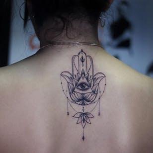 20 Impeccable Hamsa Designs | Tattoo