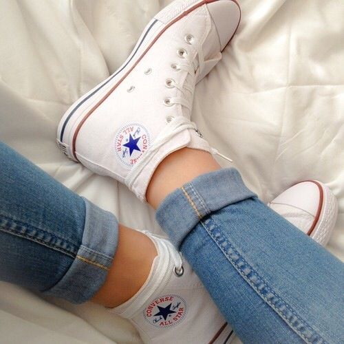White high top converse | Outfits with converse, White high top .