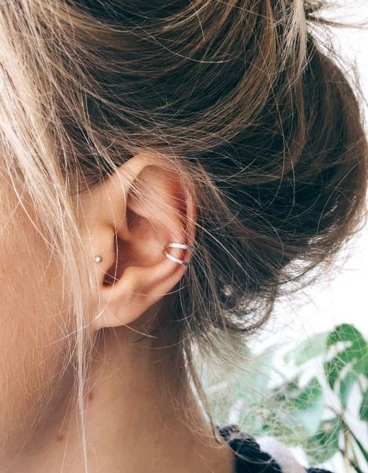15 Trendy Tragus Piercing Ideas To Try - Styleohol