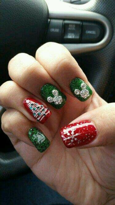 50+ Voguish Christmas Nails To Reflect The Festive Mood The Best .