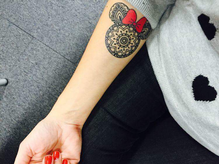 60+ Wonderful Disney Tattoo Ideas for Disney Lovers | Cute disney .