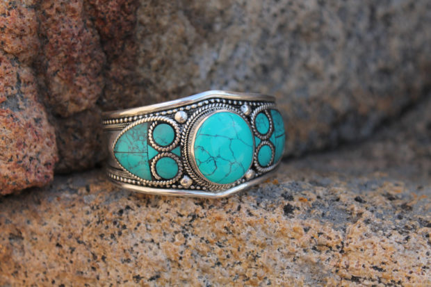 Chic Turquoise Jewelry Designs